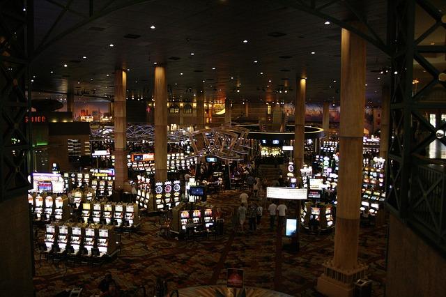 Teneriffa: Verwaltung will Casino-Trio im Paket verkaufen